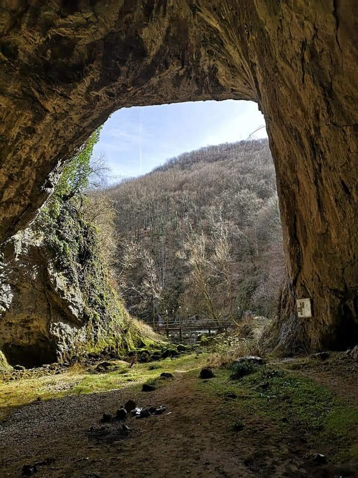 Dabarska pećina