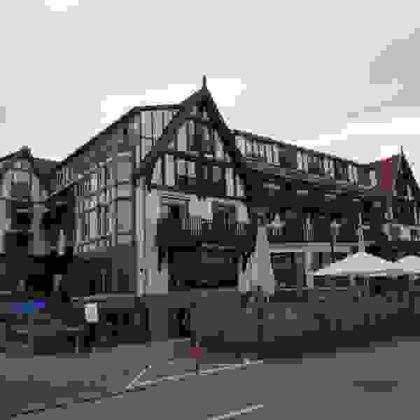 Knokke-Heist, Belgium Knokke- Heist, Belgium